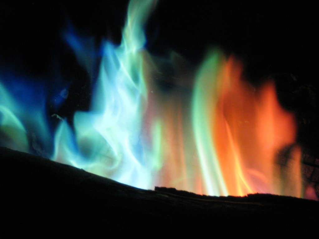 nacl flame color